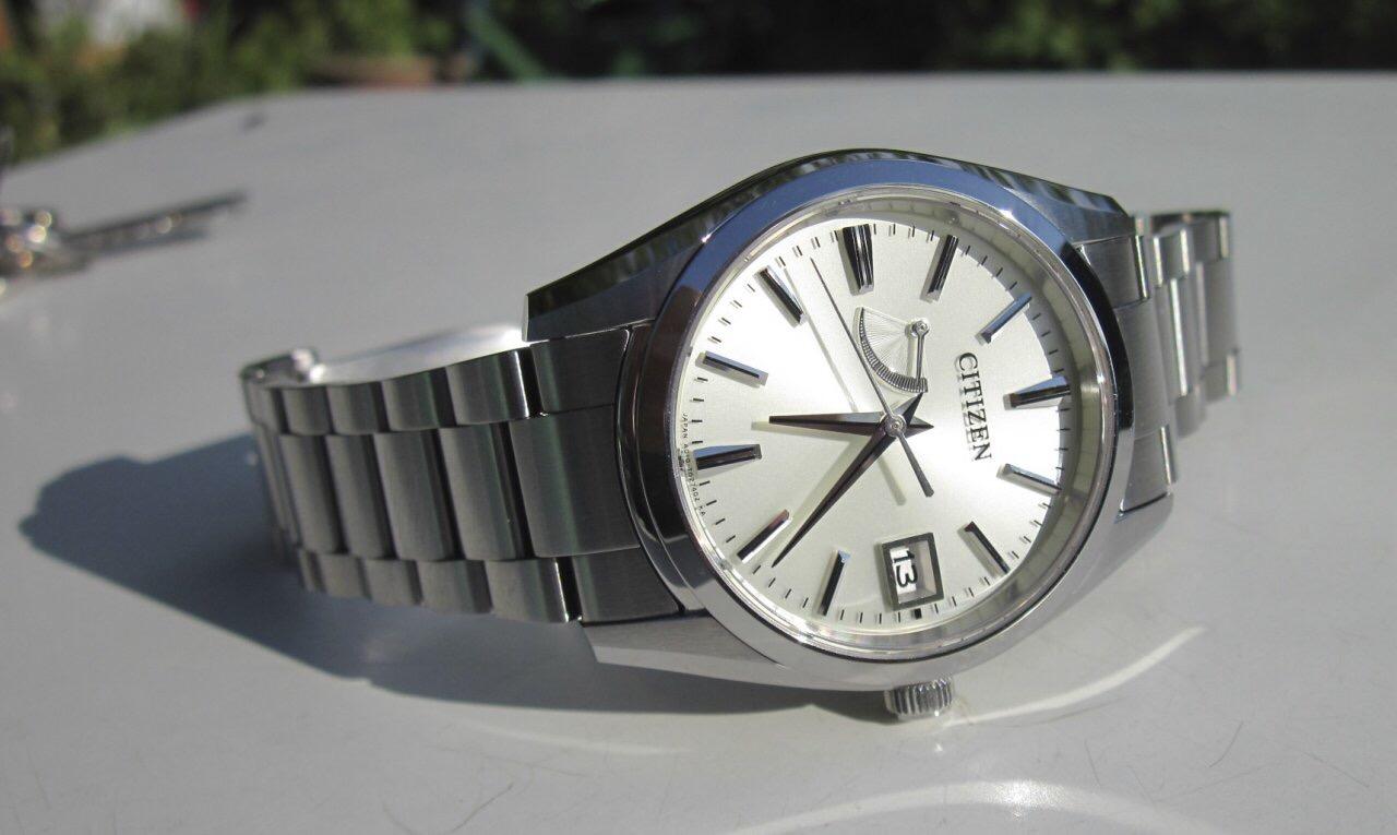 Đồng hồ Nam Citizen AQ1000-58A Eco-Drive