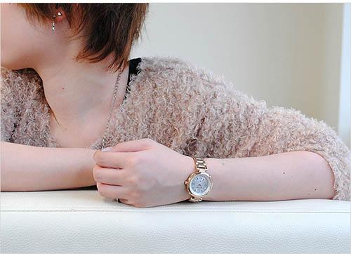 Đồng hồ Citizen EC1042-51A đầy nữ tính
