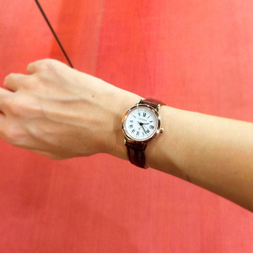mẫu đồng hồ nữ EC1144-18C